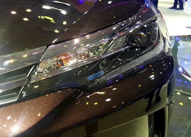 Toyota Corolla Altis ESport 2017 mới ra mắt các khách hàng Việt có gì hot? - Ảnh 6.