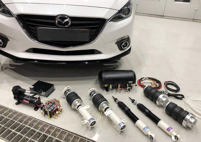 Trải nghiệm Mazda3 dùng hệ thống treo như trên siêu xe Ferrari 458 Liberty Walk độc nhất Việt Nam - Ảnh 2.