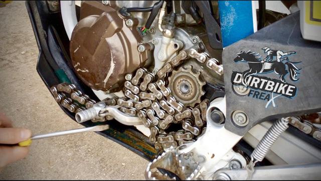 Trục các-đăng, xích và dây curoa: Đâu là lựa chọn tối ưu cho môtô - Ảnh 2.