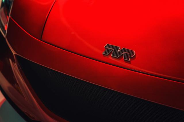 Cận cảnh TVR Griffith - mẫu xe thể thao mới được hồi sinh sau 15 năm vắng bóng - Ảnh 4.
