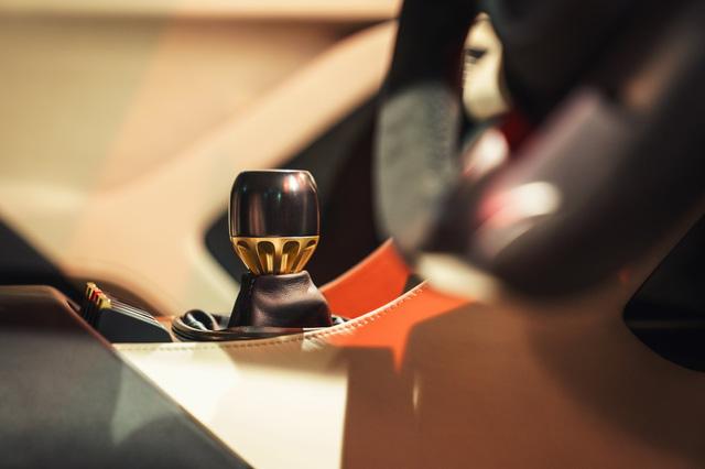 Cận cảnh TVR Griffith - mẫu xe thể thao mới được hồi sinh sau 15 năm vắng bóng - Ảnh 9.
