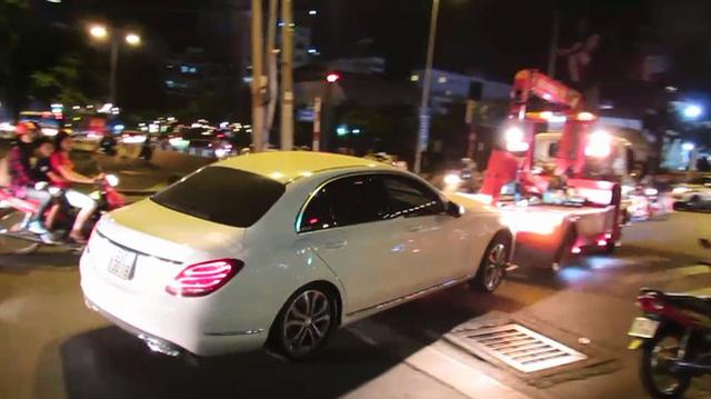 BMW i8 của tay chơi Sài thành bị ông Đoàn Ngọc Hải tuýt còi khi đỗ sai quy định - Ảnh 5.