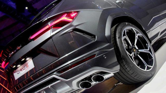 Ảnh thực tế siêu SUV Lamborghini Urus vừa ra mắt - Ảnh 10.