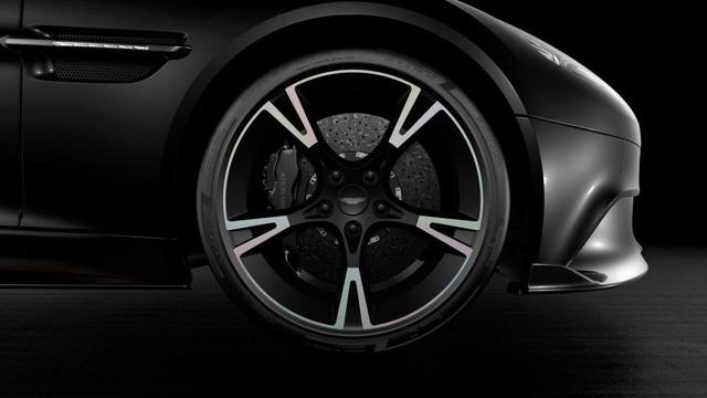 """Aston Martin Vanquish S """"tạm biệt"""" bằng phiên bản đặc biệt - Ảnh 3."""