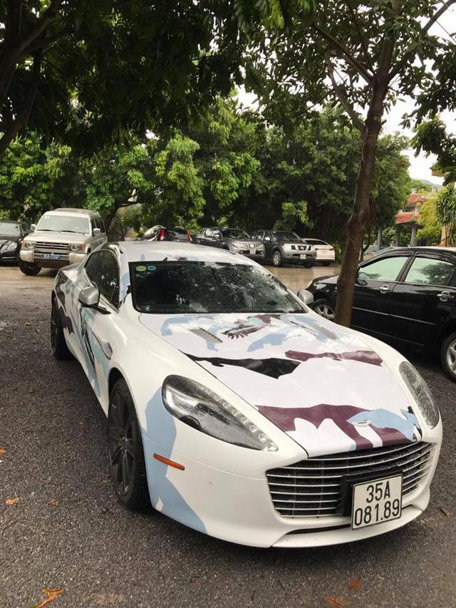 Sau lùm xùm biển giả, thiếu gia Ninh Bình thay áo mới cho Aston Martin Rapide S - Ảnh 5.