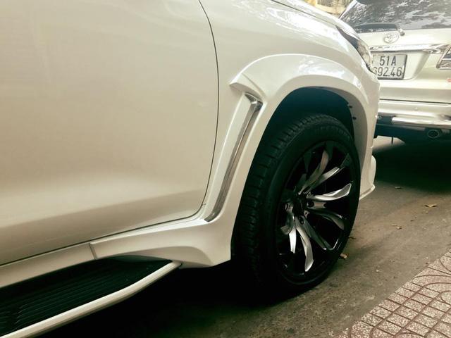 Xe 8 tỷ Lexus LX570 tại Sài thành độ body kit của Wald International - Ảnh 9.