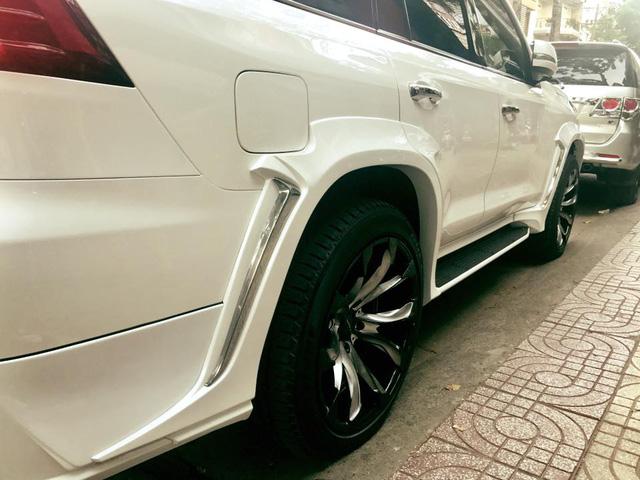 Xe 8 tỷ Lexus LX570 tại Sài thành độ body kit của Wald International - Ảnh 6.