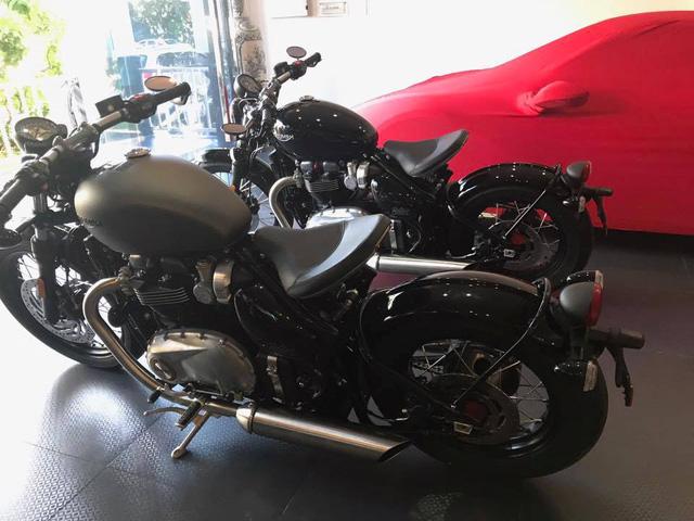 Cường Đô-la tậu cặp mô tô cổ điển Triumph Bonneville Bobber 2017, tổng trị giá hơn 1,1 tỷ Đồng - Ảnh 3.