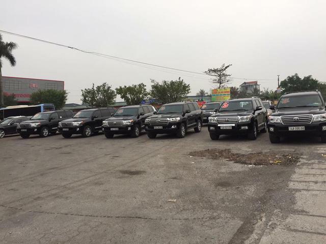 Đã mắt với dàn Toyota Land Cruiser rước dâu tại đất mỏ Quảng Ninh - Ảnh 2.
