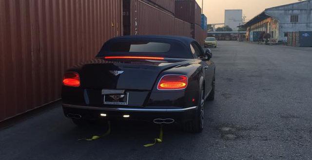 Khui công Bentley Continental GT V8 S mui trần đầu tiên Việt Nam - Ảnh 3.
