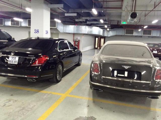 Bentley Mulsanne không biển số bị bỏ rơi trong hầm để xe tại Hà Nội - Ảnh 2.