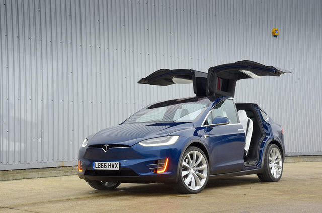 Những dấu ấn không thể quên của Tesla năm 2017 - Ảnh 4.
