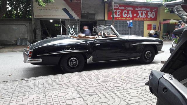 Hàng hiếm Mercedes-Benz 190SL của đại gia Ninh Bình tái xuất trên phố - Ảnh 4.