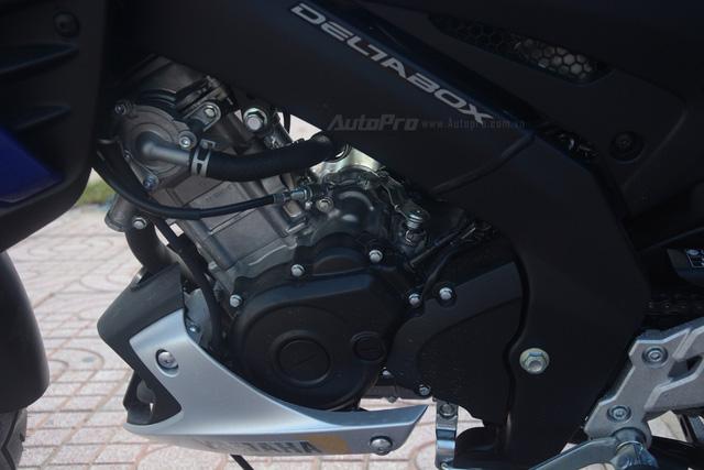 Cận cảnh lô xe côn tay Yamaha V-Ixion R 2017 mới về Việt Nam, giá hơn 70 triệu Đồng - Ảnh 9.
