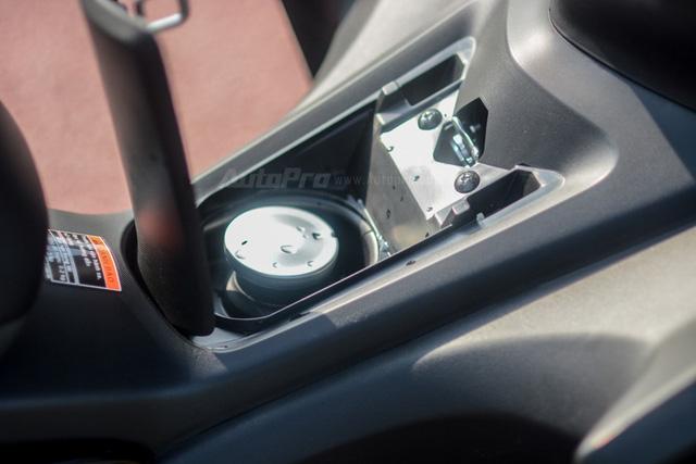 Cận cảnh Yamaha NVX 125, đối thủ chính của Honda Air Blade 125 - Ảnh 16.