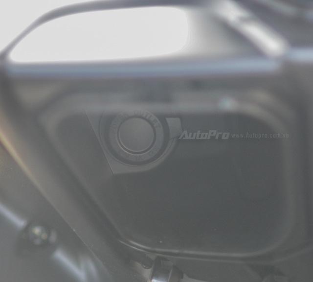 Cận cảnh Yamaha NVX 125, đối thủ chính của Honda Air Blade 125 - Ảnh 15.