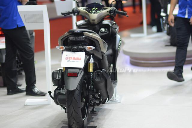 Yamaha trình làng NVX 155 bản giới hạn, khác biệt từ màu sơn và giảm xóc sau - Ảnh 8.