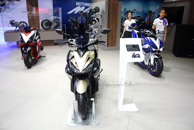 Yamaha trình làng NVX 155 bản giới hạn, khác biệt từ màu sơn và giảm xóc sau - Ảnh 1.