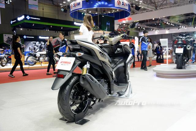 Yamaha trình làng NVX 155 bản giới hạn, khác biệt từ màu sơn và giảm xóc sau - Ảnh 14.