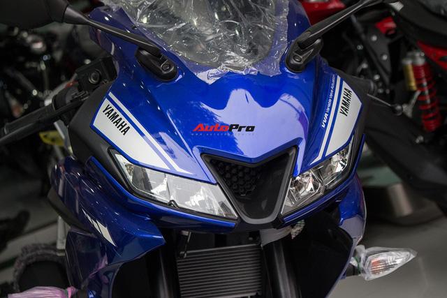 Yamaha R15 bất ngờ xuất hiện tại đại lý chính hãng, giá hơn 90 triệu đồng - Ảnh 3.