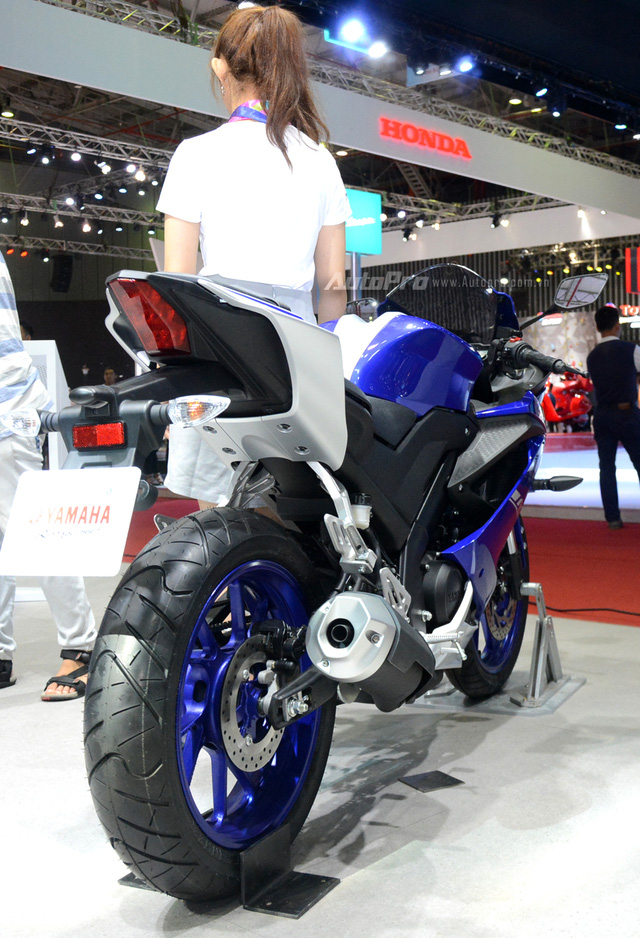 Cận cảnh Yamaha R15 3.0 2017 đầu tiên xuất hiện tại Việt Nam - Ảnh 9.