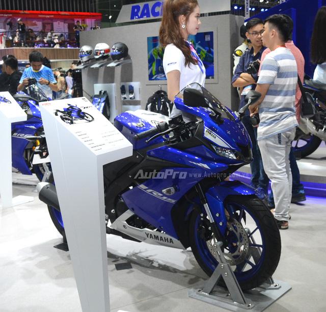 Cận cảnh Yamaha R15 3.0 2017 đầu tiên xuất hiện tại Việt Nam - Ảnh 3.