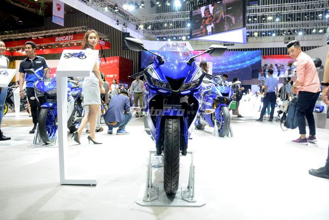 Cận cảnh Yamaha R15 3.0 2017 đầu tiên xuất hiện tại Việt Nam - Ảnh 2.