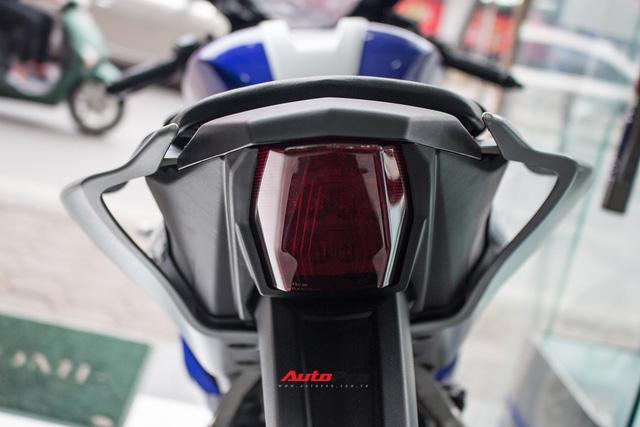 Yamaha R15 bất ngờ xuất hiện tại đại lý chính hãng, giá hơn 90 triệu đồng - Ảnh 11.