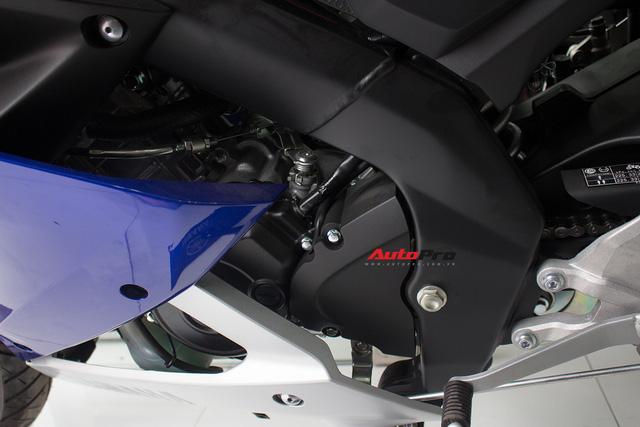 Yamaha R15 bất ngờ xuất hiện tại đại lý chính hãng, giá hơn 90 triệu đồng - Ảnh 7.