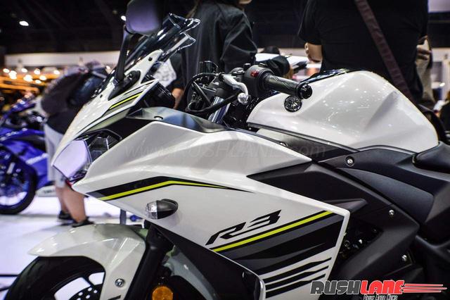 Cận cảnh Yamaha R3 2017 màu trắng và đen nhám mới tại Đông Nam Á - Ảnh 2.