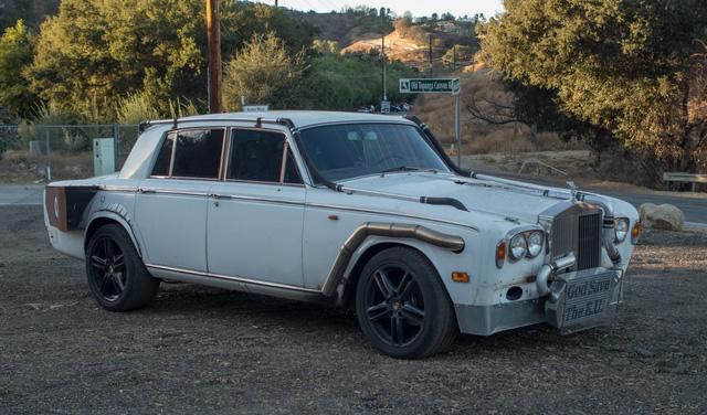 Xe siêu sang Rolls-Royce độ như xe phế liệu, dùng hộp số <a class=