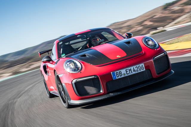 Porsche và mối lương duyên với tay đua rally lừng lẫy thế giới - Ảnh 1.