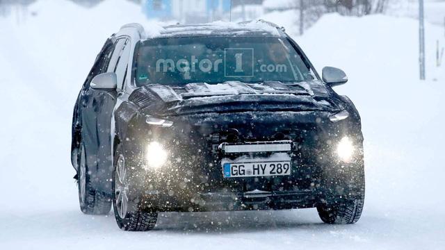 Hyundai Santa Fe thế hệ mới sắp về Việt Nam lần đầu lộ diện - Ảnh 1.