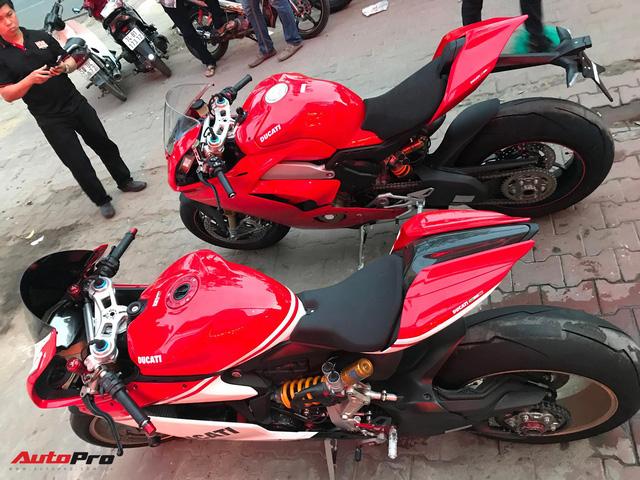 Biker Hà Nội chi 1,6 tỷ đồng tậu Ducati Panigale V4 S đầu tiên tại Việt Nam - Ảnh 3.