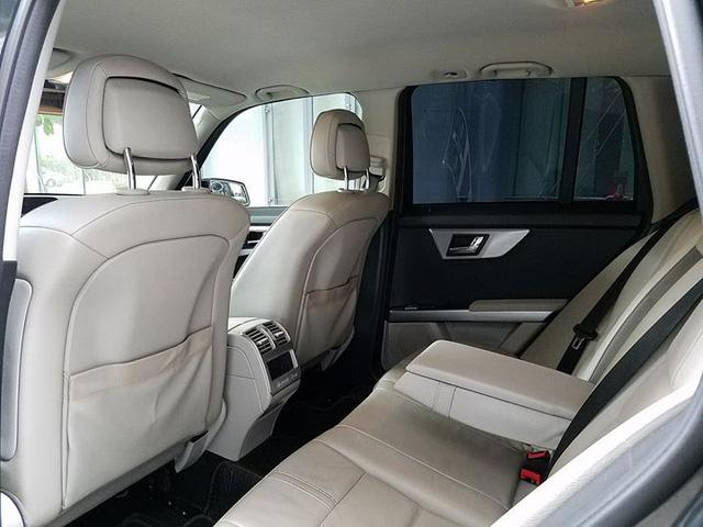 Mercedes-Benz GLK300 2010 lăn bánh hơn 54.000km rao bán lại giá 745 triệu đồng - Ảnh 6.