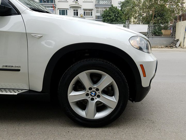 Lăn bánh hơn 114.000km, BMW X5 3.0 xDrive 2009 mất 2/3 giá trị - Ảnh 3.