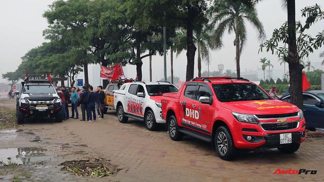 Hàng chục chiếc Chevrolet diễu hành quanh Hà Nội ủng hộ U23 Việt Nam - Ảnh 2.