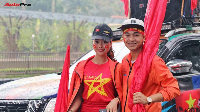Hàng chục chiếc Chevrolet diễu hành quanh Hà Nội ủng hộ U23 Việt Nam - Ảnh 9.