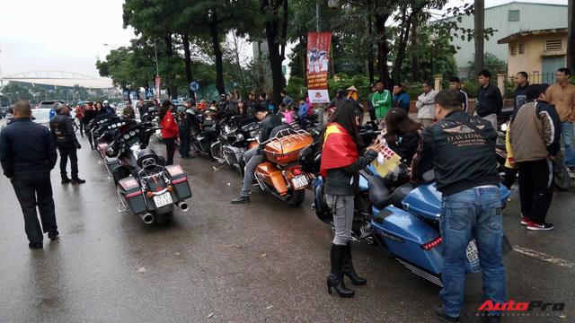 Hơn 60 xe Harley-Davidson tiền tỷ dẫn đoàn U23 Việt Nam tại Hà Nội - Ảnh 11.