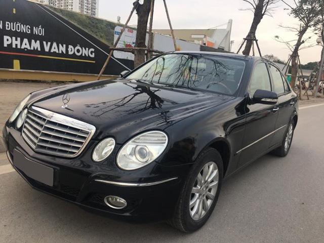 Từ 2 tỷ đồng, Mercedes-Benz E280 đời 2007 rao bán lại giá 500 triệu đồng - Ảnh 3.