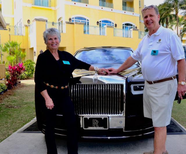 Chiếc Rolls-Royce Phantom 2018 đặc biệt này được trả gấp rưỡi giá bán thực - Ảnh 2.