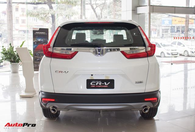 SUV 7 chỗ, chọn Honda CR-V 2018 hay Hyundai Santa Fe 2017? - Ảnh 3.