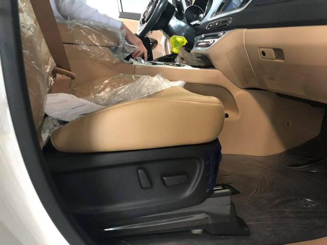 Kia Sedona facelift bất ngờ xuất hiện tại Việt Nam với những công nghệ mới - Ảnh 10.