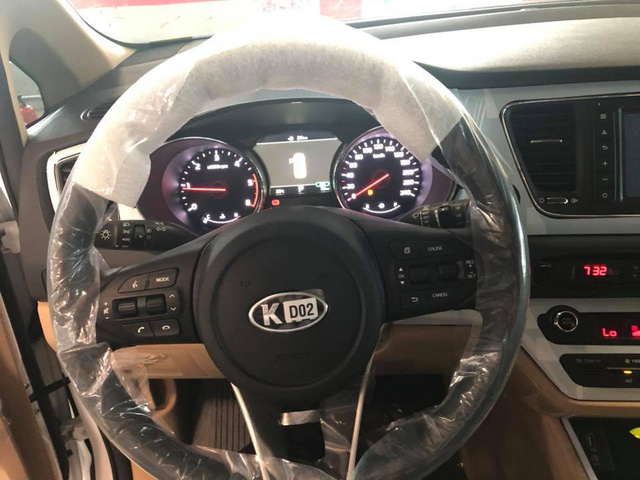 Kia Sedona facelift bất ngờ xuất hiện tại Việt Nam với những công nghệ mới - Ảnh 9.