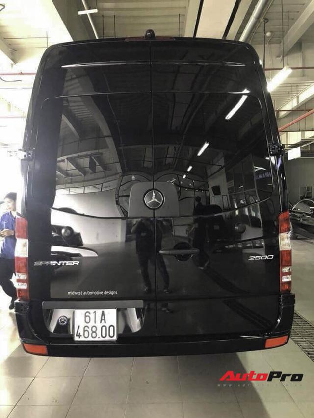 """Mercedes-Benz Sprinter Airstream giá 15 tỷ đồng - """"Căn hộ hạng sang"""" di động của đại gia Bình Dương - Ảnh 3."""