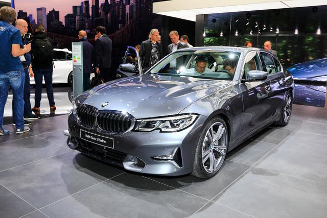 BMW 3-Series mới sẽ là thế hệ hoàn hảo nhất, lật đổ đàn anh từ cả chục năm về trước - Ảnh 2.