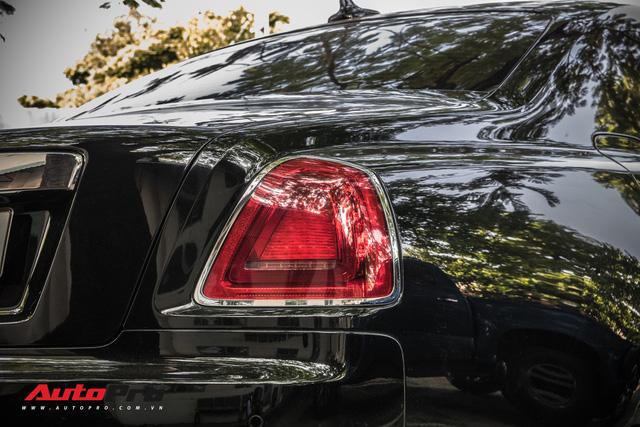 Khám phá chiếc Rolls-Royce tháp tùng Minh nhựa đi đăng kiểm Pagani Huayra - Ảnh 8.