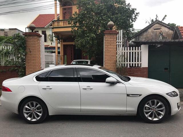 Jaguar XF với ngoại hình như mới khấu hao cả tỷ đồng sau 2 năm sử dụng - Ảnh 2.