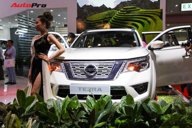 Nissan Terra ra mắt Việt Nam, đấu Toyota Fortuner nhưng chưa có giá chính thức - Ảnh 7.
