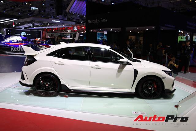Chi tiết Honda Civic Type R - Hàng hot tiền tỷ cho người thích xe thể thao tại Việt Nam - Ảnh 1.